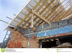 Aufbau Dämmung Dach : neuer dach aufbau lizenzfreies stockbild bild 20641536 ~ Whattoseeinmadrid.com Haus und Dekorationen