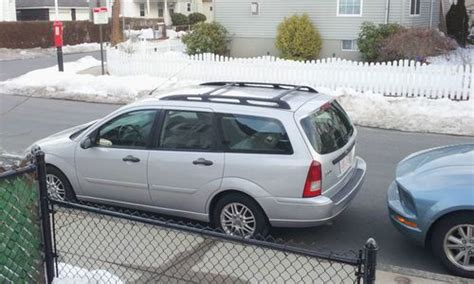 find   ford focus ztw wagon  door   allston