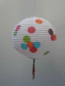 Boule Papier Luminaire : 8 luminaires les boules en papier album photos les id es lumineuses ~ Teatrodelosmanantiales.com Idées de Décoration