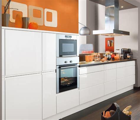 electro cuisine cuisine équipée avior magnolia brillant 4690 électro