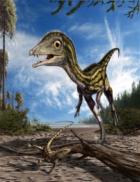 spunta  dinosauro  benevento folla  persone