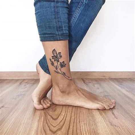tatouage pied cheville femme