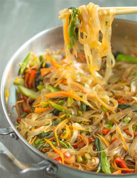 how to cook mung bean noodles vegetable stir fry mung bean noodles healthy nibbles bits