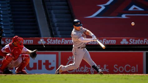 Astros outlast Angels 6-5 in 11; Ohtani has another shaky ...