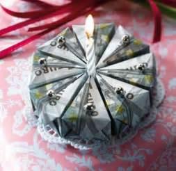 hochzeitsgeschenk einpacken die besten 17 ideen zu geld falten auf geldgeschenke geldschein origami und