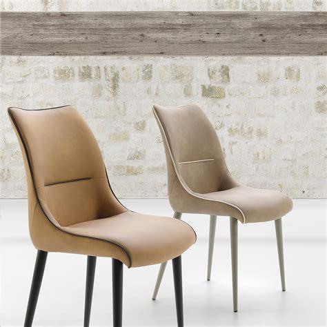 Les chaises de salle à manger permettent de s'installer aisément et confortablement pendant les repas en commun. Chaise confortable design Beo Zendart Sélection - Zendart ...