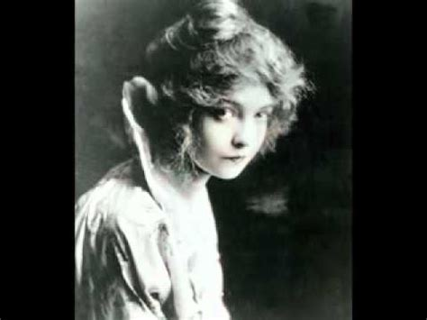 Lillian Gish (Biography) - YouTube