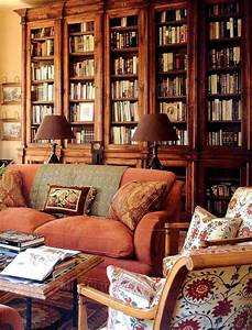 Warm, rich and inviting library by Bunny Williams ...