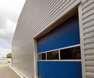Opláštění stěn s profilovaným plechem