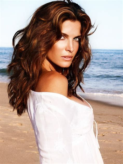 Stephanie Seymour The Stylish Directive