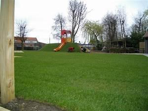 Quand Semer Du Gazon : planter du gazon sans rouleau la cration duune pelouse ~ Dailycaller-alerts.com Idées de Décoration
