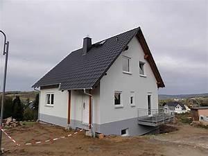 Kosten Einfamilienhaus Neubau Mit Keller : neubau eines flair 113 mit keller kunath massivhaus ~ Markanthonyermac.com Haus und Dekorationen