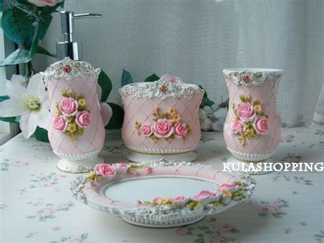 Shabby Chic Badezimmer Accessoires by Shabby Chic Bathroom Accessories The Shabby Chic Me