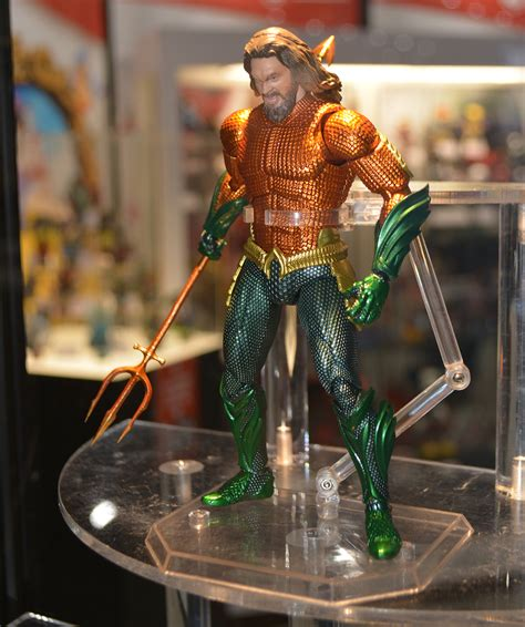 aquaman statues  action figures revealed  san diego