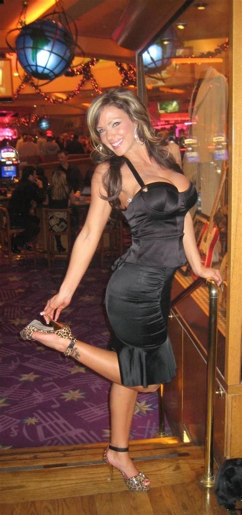 cougars cougars  single women   years