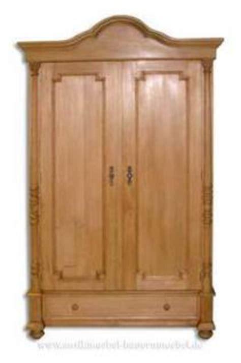 Kleiderschrank Landhausstil Holz by Kleiderschrank Dielenschrank Massiv Holz Landhausstil
