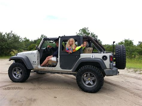 jeep beach wallpaper wet jeep girls related keywords suggestions wet jeep