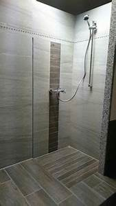 Bodengleiche Dusche Fliesen Anleitung : 1000 bilder zu badezimmer auf pinterest duschen ~ Michelbontemps.com Haus und Dekorationen