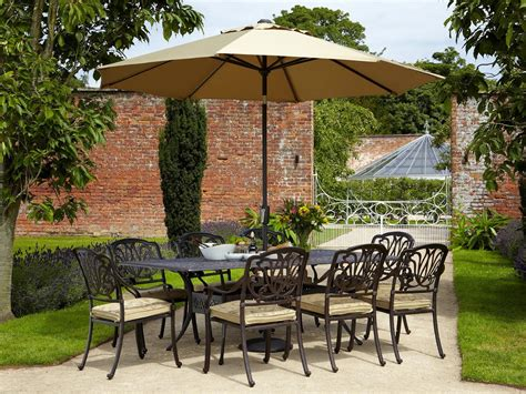 Beautify The Garden With Garden Furniture Sets