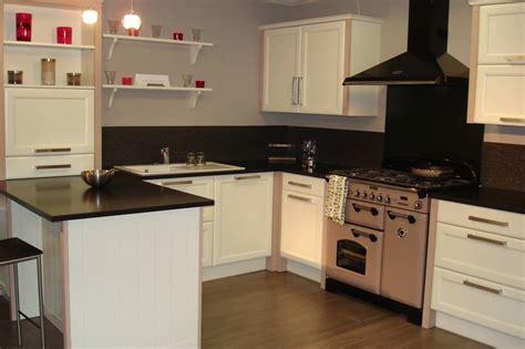 cuisine disposition conception d une cuisine cuisines du plessis fabricant