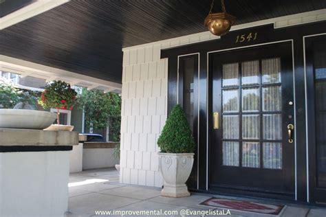 hollywood glamour  exterior curb appeal front