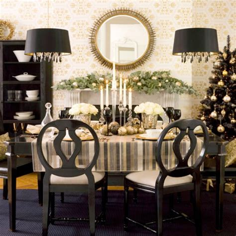 Creative Centerpiece Ideas For Your Holiday Dinner Table