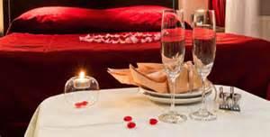 romancing  bedroom   anniversary