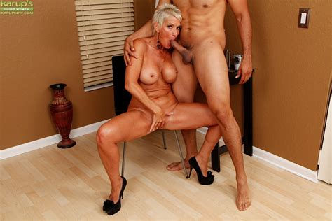 Mature Mom Lexy Cougar Blowing Younger Mans Large Dick