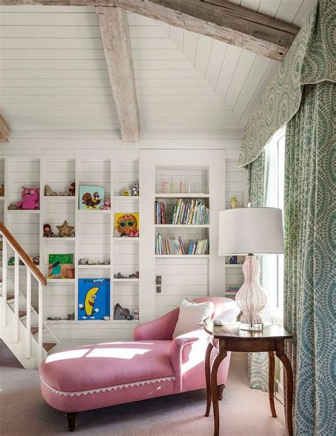 stunning examples  farmhouse shiplap paneling
