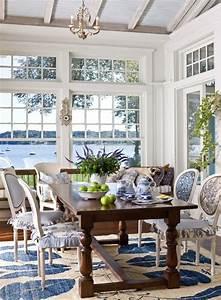 25 Coastal And Beach-Inspired Sunroom Design Ideas - DigsDigs