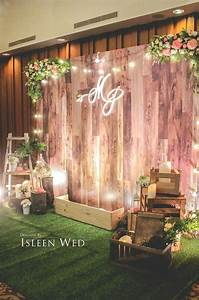 Stunning wooden backdrop perfect for many different for Backdrop decoration for wedding