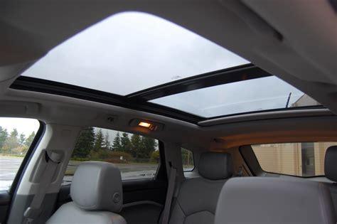 cadillac srx awd luxury review motoring rumpus