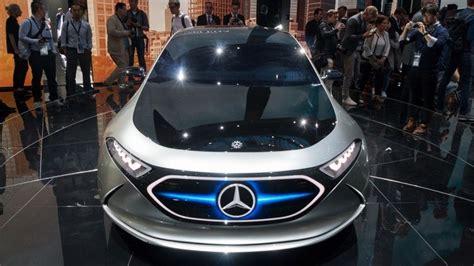 Neue Luxus Autos Fuer Abgeordnete by Elektroauto Daimler Kauft Akkuzellen F 252 R 20 Milliarden