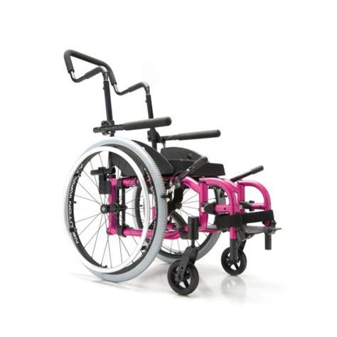 fauteuil roulant pliant pour enfants helio motion composites la maison andr 233 viger