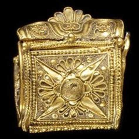 etruscan jewellery ethnic jewels magazine