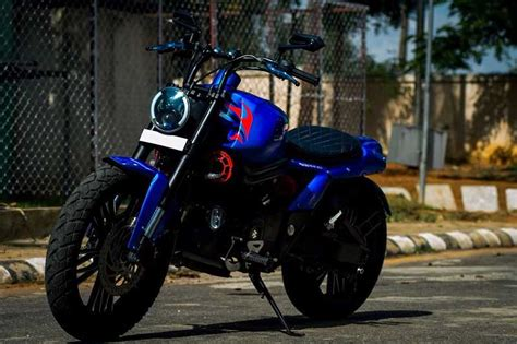 Modified Avenger Bike by Modified Bajaj Avenger 220 Pictures Other Details