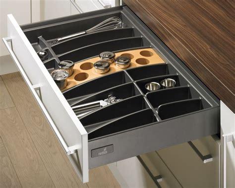 tiroir de cuisine 17 best images about aménagement de tiroirs on cuisine evolution and design