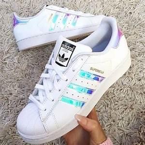 Schuhe Zu Klein : wei jemand wie diese schuhe genauer hei en und wo man die findet farbe adidas sneaker ~ Orissabook.com Haus und Dekorationen