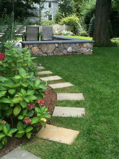 home decorating trends u2013 stepping stones for pathways 27 easy and cheap walkway