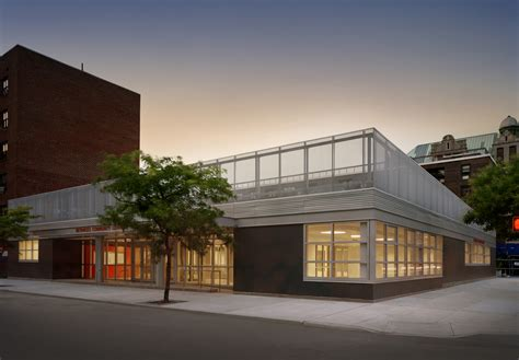 Stephen Yablon Architecture  Betances Community Center