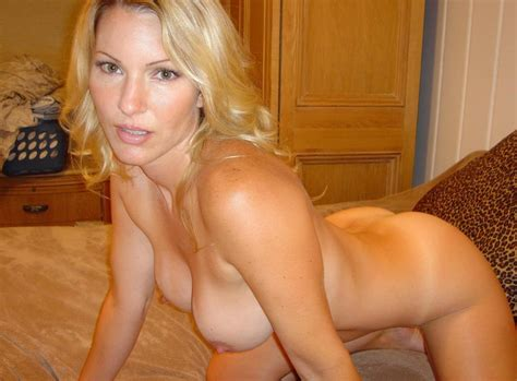 Milf On The Bed Milf Luscious