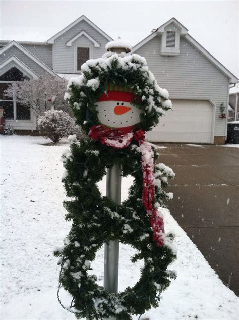 snowman wreath  lamp post creative ol  outdoor