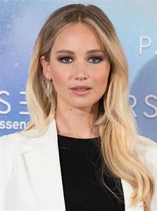 See Jennifer Lawrence39s Hair Extensions