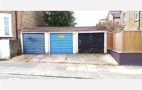 property  sale middle garage adjacent   chancelot