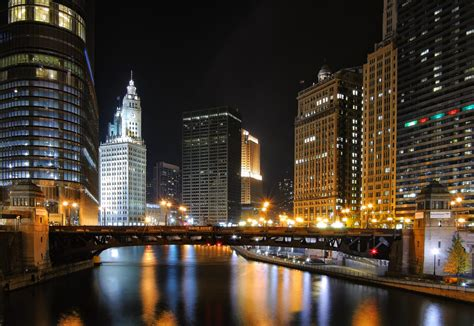 Chicago Skyline Wallpaper Hd File Chicago Night River Jpg Wikimedia Commons