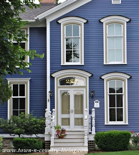 8 Easy Ways To Create Curb Appeal  Town & Country Living