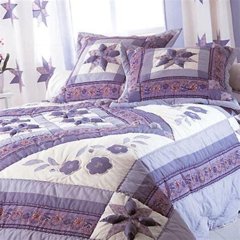 couvre lit 240 x 260 cm flora violet acheter ce produit au meilleur prix