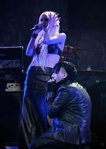 Marilyn Manson Taylor Momsen Photos - 2012 Revolver Golden ...