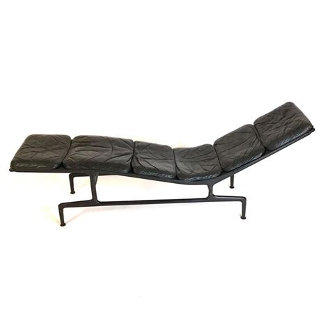 chaise eames herman miller charles eames for herman miller 39 39 billy wilder 39 39 leather chaise lounge at 1stdibs