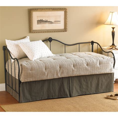 daybeds for daybeds with trundle splashy daybed with trundle in